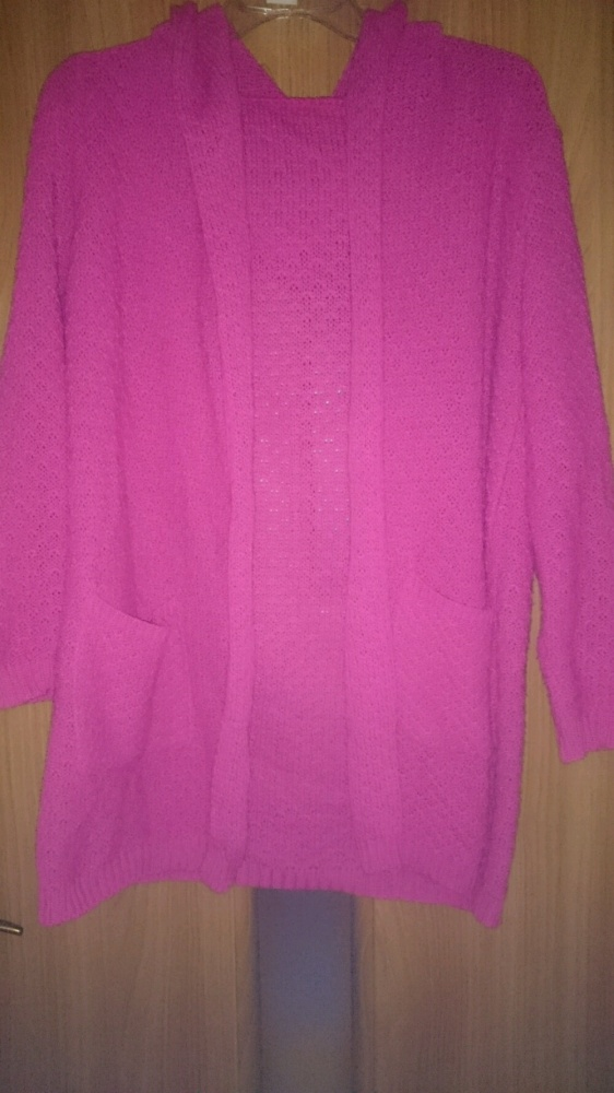 Sweterek fuksja