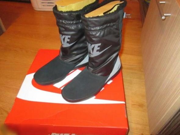 Zimowe Nike botki zimowe śniegowce