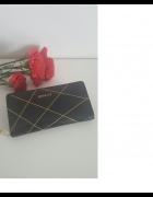 Czarny lakierowany portfel Boscat