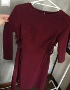 Bordowa sukienka wiązana 32