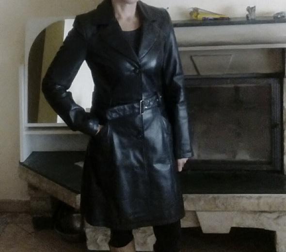 Skórzany płaszcz