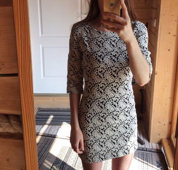 27f5980d44a4f4 sukienka koronka koronkowa S M elastyczna w Suknie i sukienki - Szafa.pl