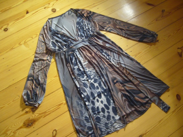 Fajna sukienka 38 40 TANIO