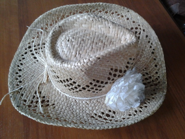 Słomkowy kapelusz Mohito