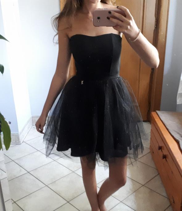 f475ec06 Czarna tiulowa princeska w Suknie i sukienki - Szafa.pl