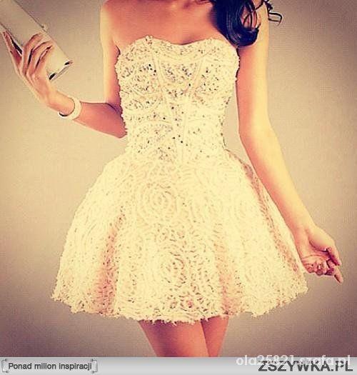 Piękna balowa sukienka