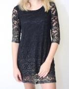 Czarna koronkowa sukienka s...