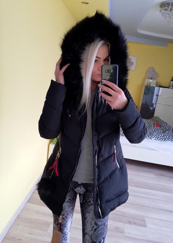 Kurtka zimowa długa płaszcz czarna futro 38 nowa M