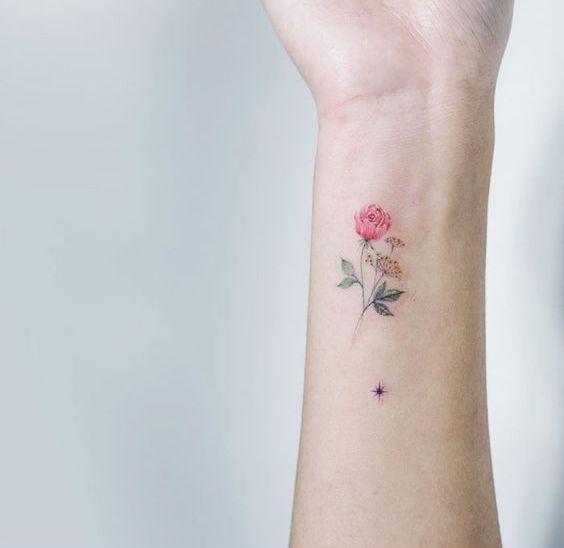 Subtelne tatuaże