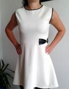 biała sukienka z kokardą nowa