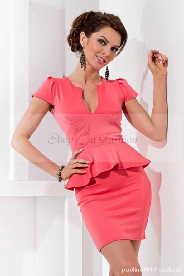 Suknie i sukienki Nowa koralowa z baskiną