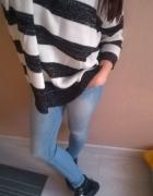oversize sweter paski
