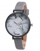 Szary marmurowy zegarek blogerski