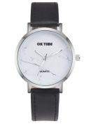 Czarny zegarek marmurowy blogerski