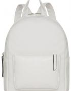 Stylowy biały plecak glamour must have