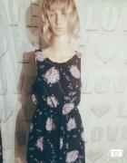 Czarna sukienka wzór motyw kwiaty jesień must have...