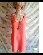 Różowa sukienka z Asos...