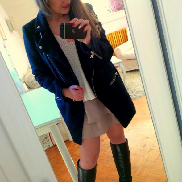 Mój styl czarny płaszcz
