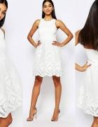 Piękna NOWA sukienka piankowa...
