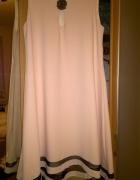 piekna rozkloszowana sukienka z paseczkiem...