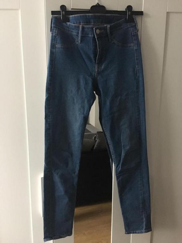 jeansy rurki