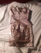 Sukienka z baskinka Asos...