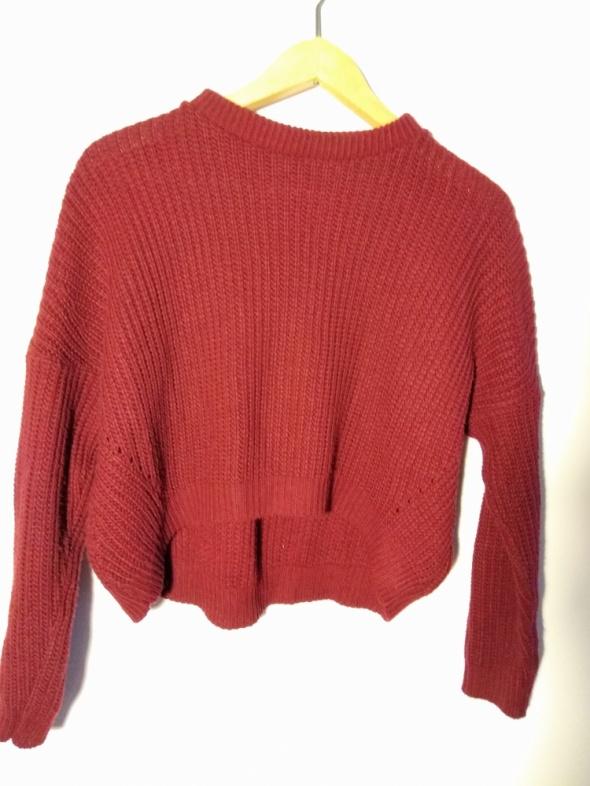 Krótki sweterek oversize...