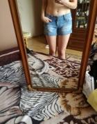 spodenki krótkie jeansowe