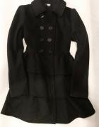 Płaszcz rozkloszowany Bik Bok z falbanami