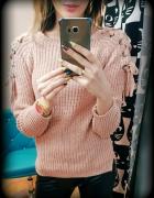 sweter nowy tanio wiazane rekawy