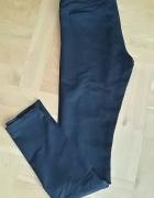 Czarne dzianinowe spodnie