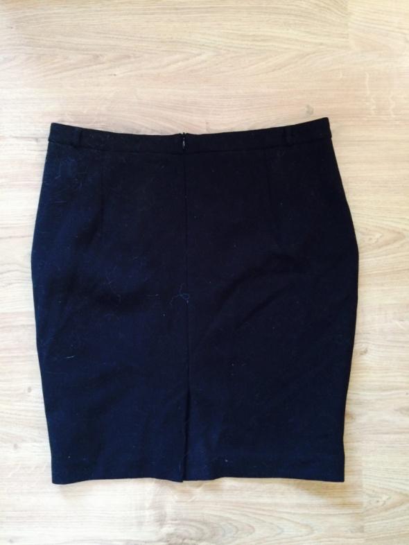 Spódnice Czarna ołówkowa spódnica 42