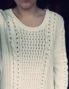 Sweterek biały h&m warkocze
