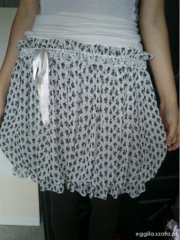 Spódnice Oryginalna śliczna spódniczka