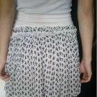 Oryginalna śliczna spódniczka