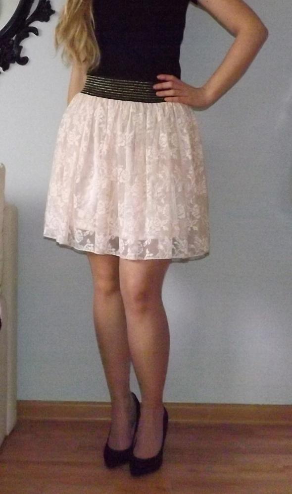Spódnice pudrowa spódnica koronkowa