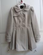 beżowy płaszcz dwurzędowy new yorker AMISU M 38