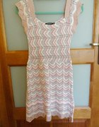 ażurowa sukienka przepiękna...