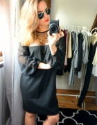 Sukienka czarna zdobienia