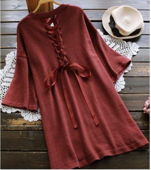 piękna stylizacja sukienka kapelusz