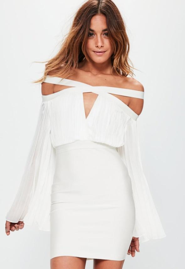 Suknie i sukienki Sukienka plisowana z wycięciami biała MISSGUIDED
