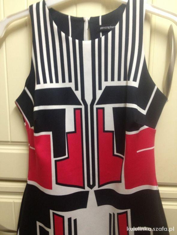 sukienka asymetryczne wzory