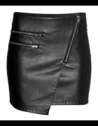 Poszukuję takiej czarnej skórzanej spódniczki rozmiar 36...