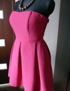 rozkloszowana różowa sukienka Ryłko XS S amarant