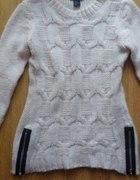 biały sweter suwaki H&M S...