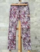 Zara spodnie w kwiaty rozm 140