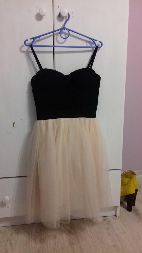 Śliczna sukieneczka Tally Weijl L...