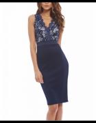 Granatowa ołówkowa sukienka midi z koronkową górą i dekoltem V...