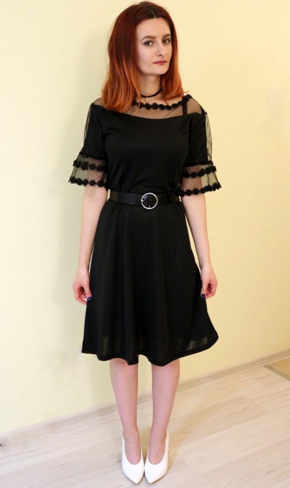 32d653df08 Czarna rozkloszowana sukienka z siateczką koronka retro w Suknie i ...