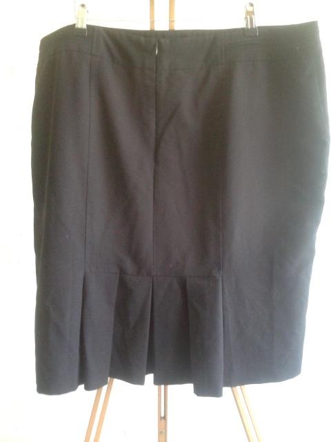 czarna spódnica plisy 20...